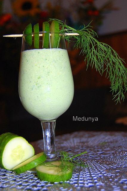 Напій огірково-мелісовий з хріном