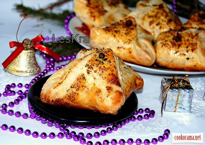 Конвертики с курицей и ананасом
