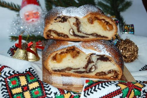 Рождественская плетенка с тремя начинками