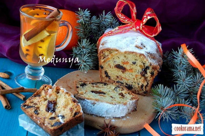 Різдвяний фруктовий кекс