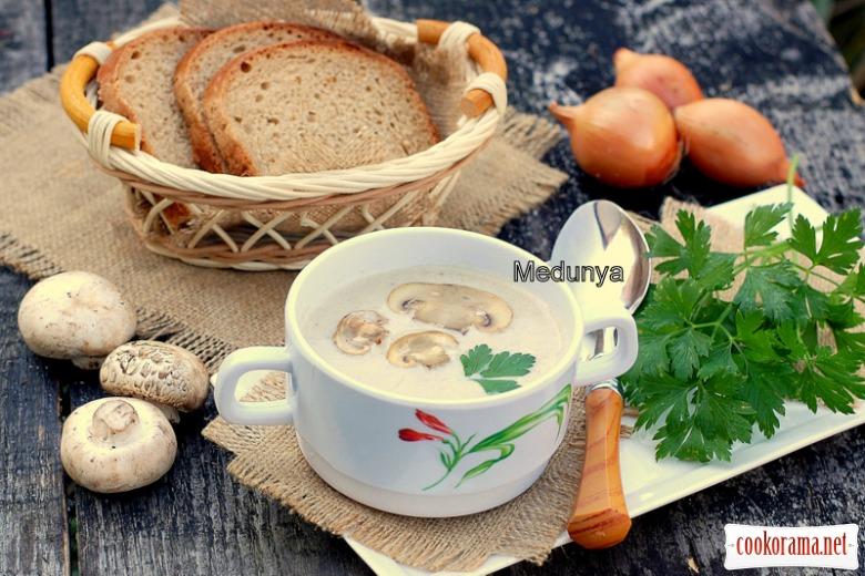 Французский грибной крем-суп