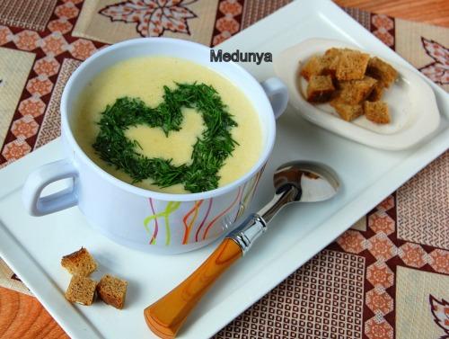 Суп-пюре із цвітної капусти