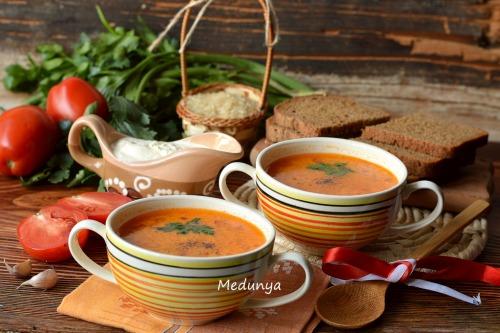 Помидорный суп с рисом