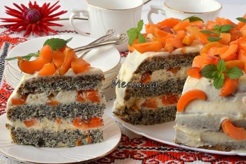 Маково-абрикосовий торт