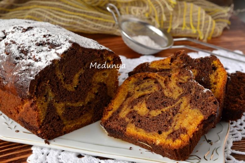 Смугастий шоколадно-гарбузовий кекс