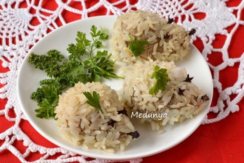 М`ясні їжачки з рисом