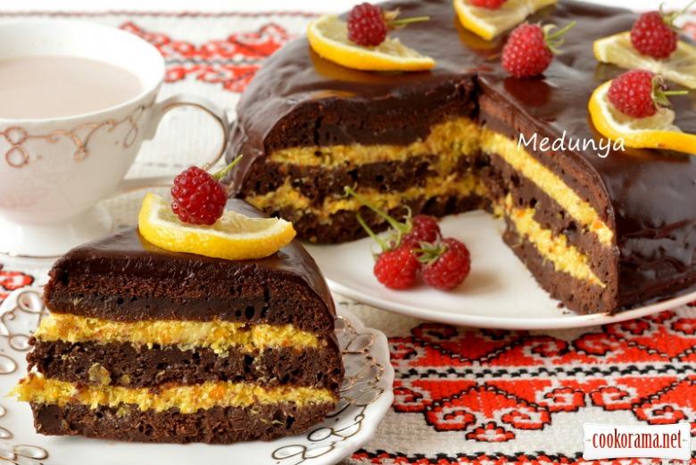 Шоколадно-апельсиновий торт «Ароматична бомба»