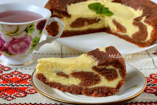 Сметанково-шоколадний сирник