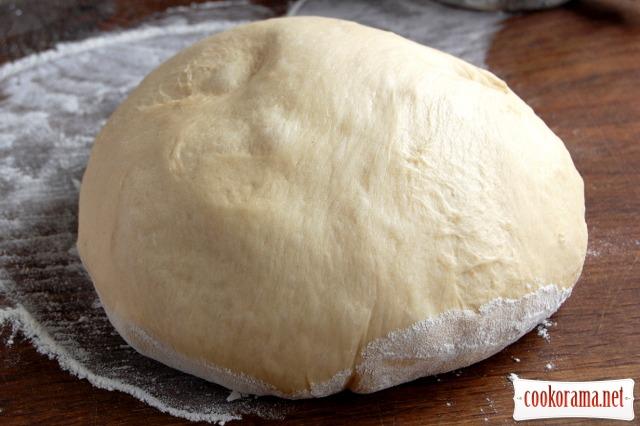 Смугасті пиріжки зі смородиною