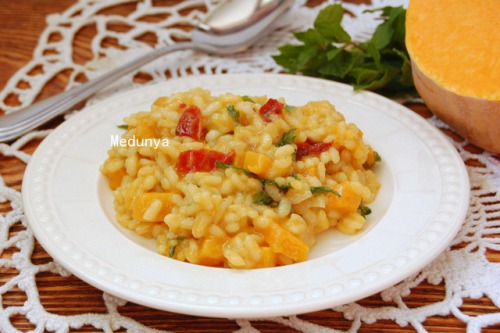 Risotto with pumpkin and sun dried tomatoes