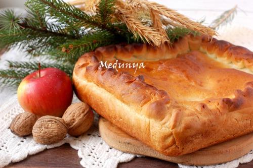 Пісний пиріг з картоплею і грибами