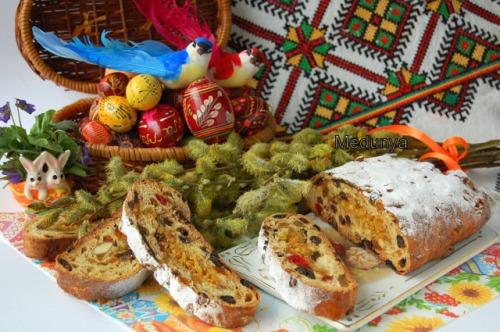 Паасброд - голландский пасхальный хлеб