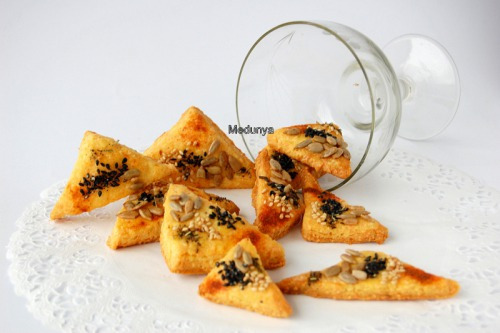 Сырное печенье на сметане с вкусной посыпкой