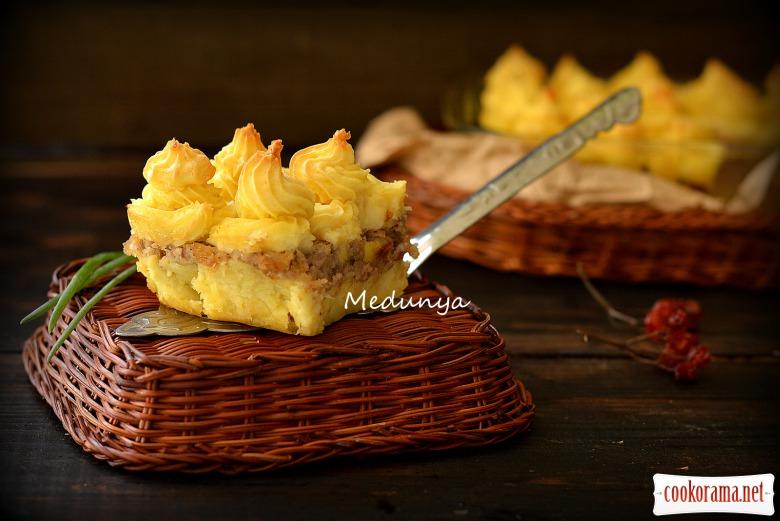 Запіканка картопляна з курятиною