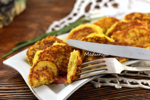 Lean cabbage-onion fritters