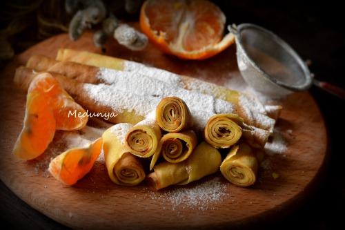 Tangerine pancakes