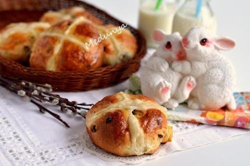 Англійські хрестові булочки