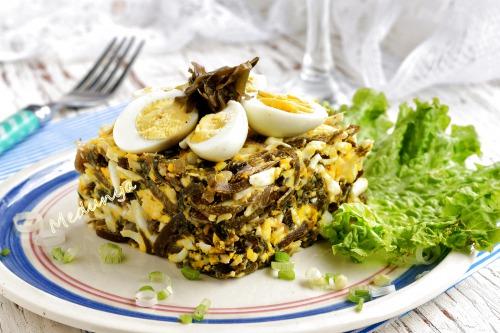 Салат з морської капусти та яєць