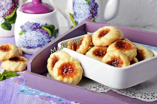 Пісочне печиво з варенням