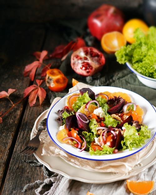 Салат з хурмою і мандаринами