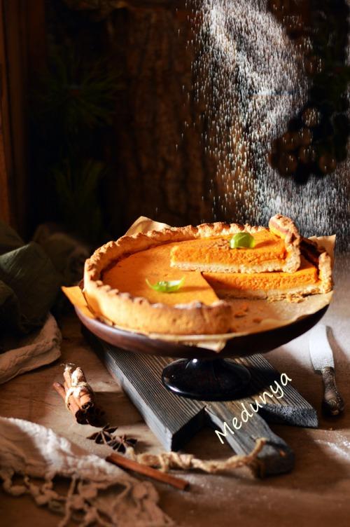 Крухий гарбузово-сметанковий пиріг