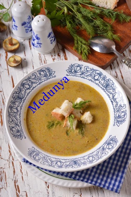 Суп-пюре з моховиків