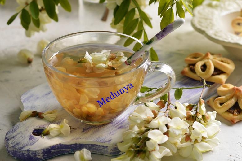 Чай із квітів акації