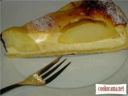 Пирог яблочный с заливкой