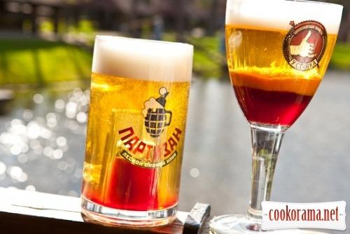 Пивные коктейли «Подводная мина» и «Марш-бросок»