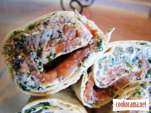 Закуска из творога с зеленью и лососем