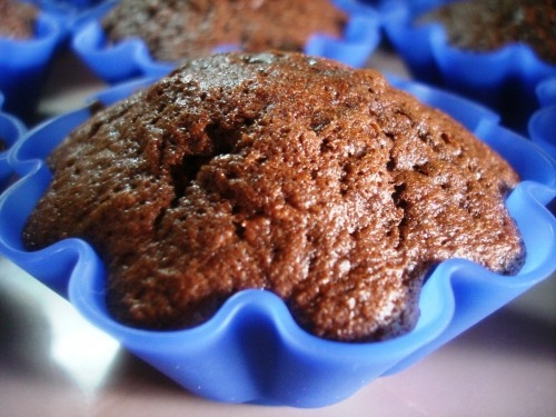 Chocolate-apple cakes