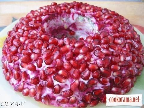Salad «The Garnet Bracelet»