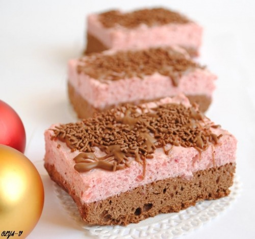 "Cakes ""Strawberry with cream"""