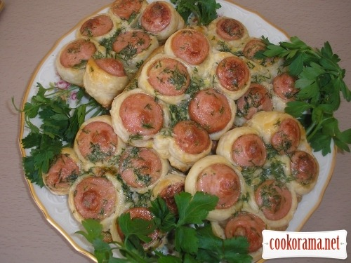 Sausages in dough «Honeycombs»
