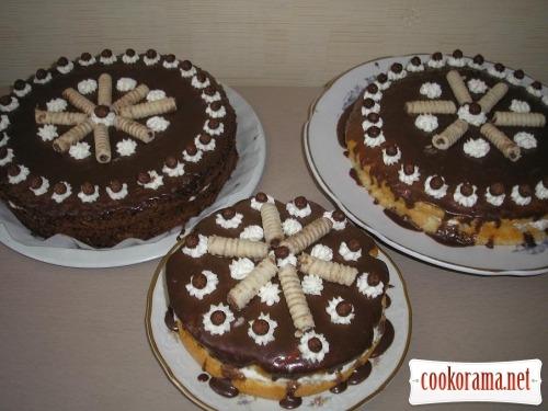 Торт «Персики в шоколаде»