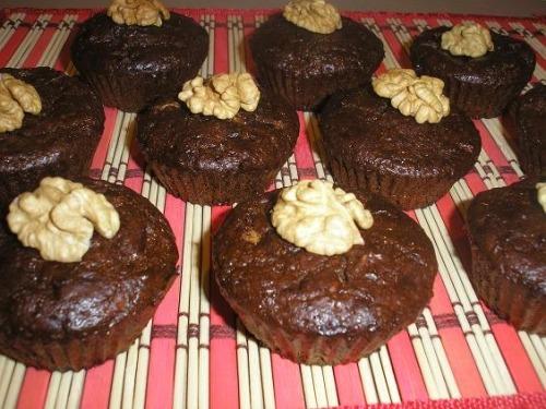 Кекси з горіхами і білим шоколадом