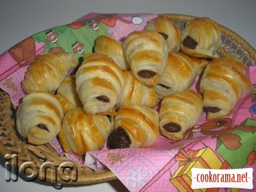 "Chocolate crescent rolls ""As easy as pie"""