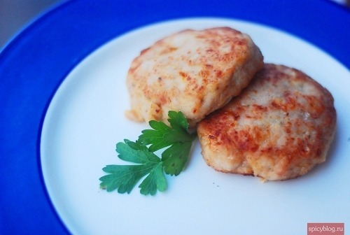 Cutlets from turkey and pork