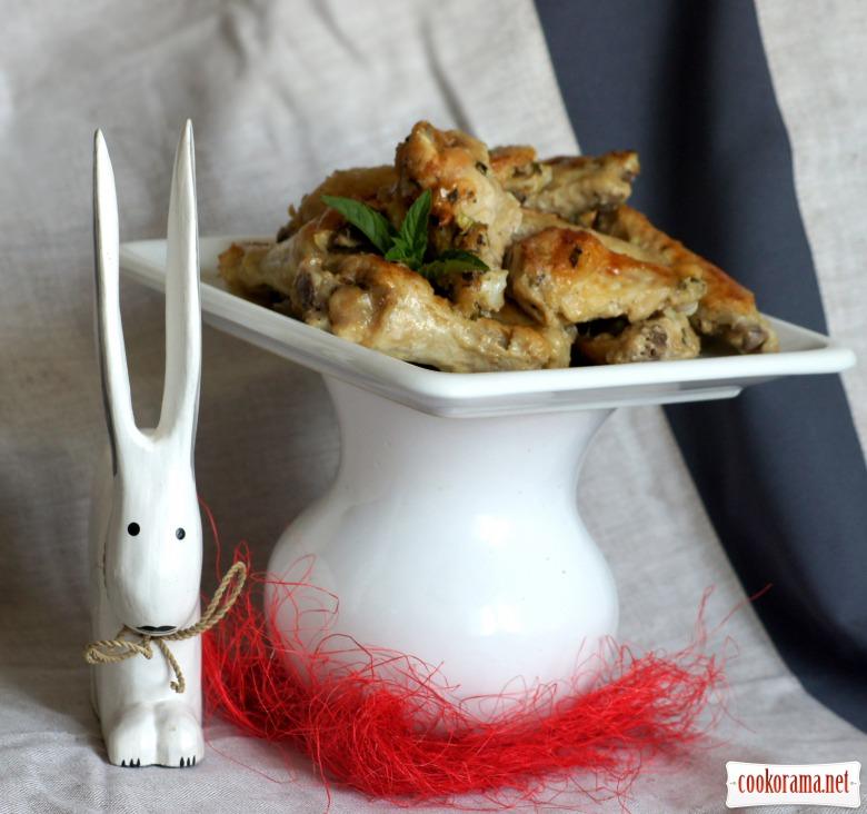 Курячі крильця в м'ятно-йогуртовому маринаді