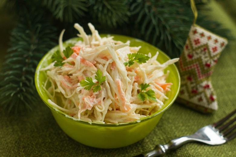 Сочный салат из капусты