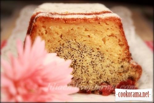 Apple-poppy cake with cherry