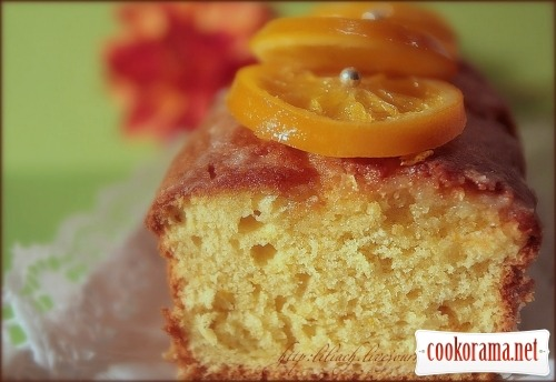 Orange cake with candied fruit