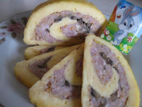 Буковинский мясной рулет с сыром