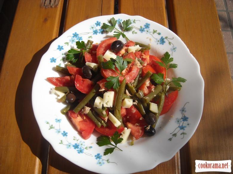 Салат «Здоровье» с зеленой фасолью и тунцом