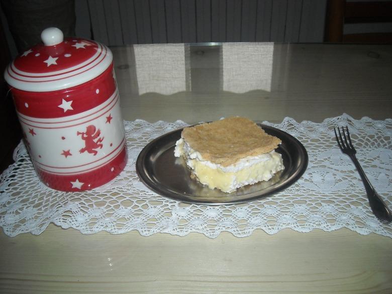 Кремовий торт