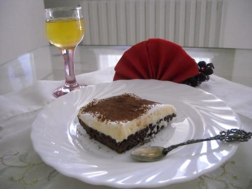Торт з кремом