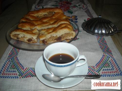 Угорський яблучний пиріг