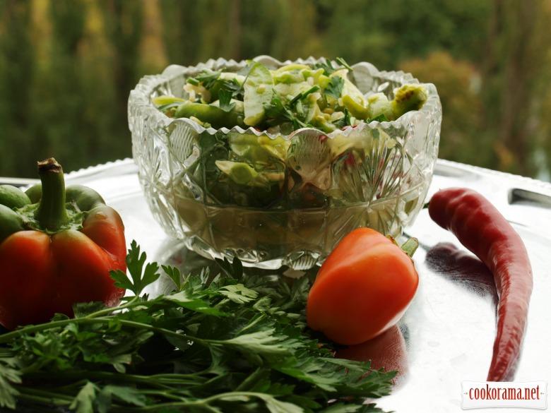 Острый салат-закуска из зелёных помидоров