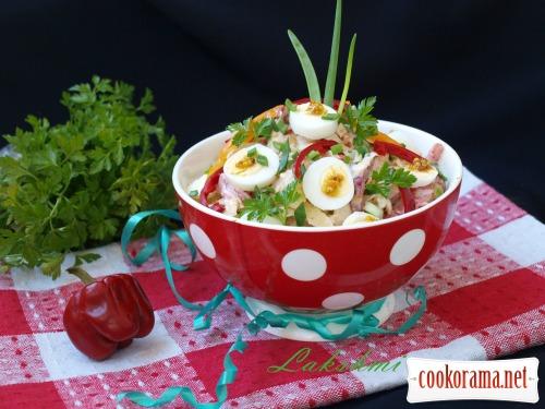 Салат с хурмой,савойской капустой и перепелиными яйцами