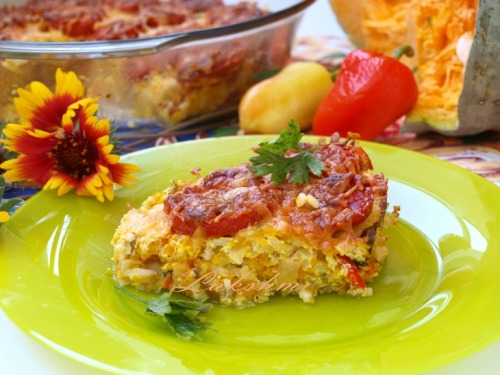 Pumpkin-rice casserole with tomatoes